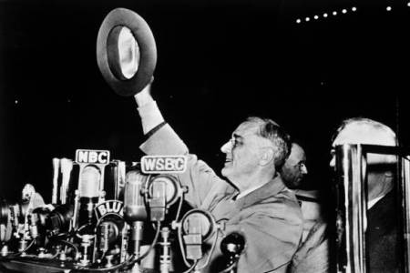 the leadership of franklin d roosevelt Franklin roosevelt full name: franklin delano roosevelt the fear of failure, humiliation, pain, or discomfort has too often kept a leader from acting leaders who take action, determining that the potential results are more significant than their fears.